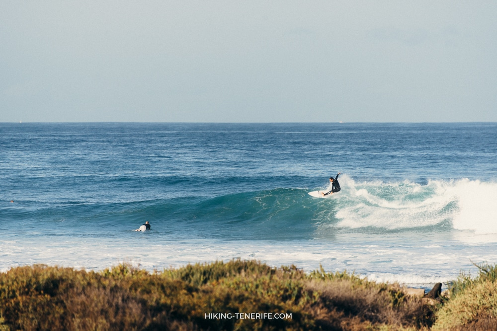 Серфинг на Тенерифе: споты, школы и лайфхаки