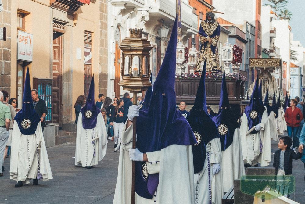 пасхальные процессии в испании