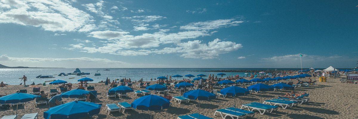 Пляж Лас Вистас в Лос Кристианосе