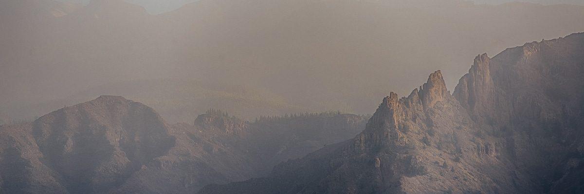 горы над Лас Америкас